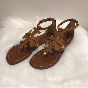 Tory Burch Phoebe Flat Sandal in Brown